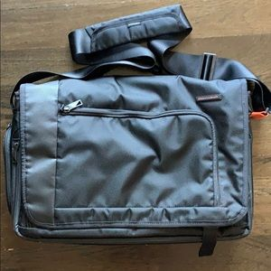 Briggs & Riley Verb-Dispatch Messenger Bag